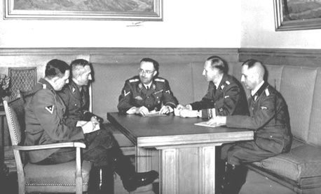 The actual Gestapo leadership in Germany in 1939. From left to right are Franz Josef Huber, Arthur Nebe, Heinrich Himmler, Reinhard Heydrich and Heinrich Mller. 