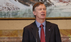 "Colorado Gov. John Hickenlooper said both parties in Congress ""can't resist poking the other person across the aisle and causing a little bit of a ruckus."""