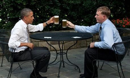 The President offers a toast to Medal of Honor recipient Dakota Meyer.