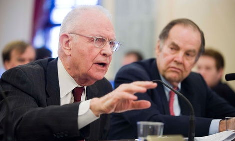 Former Indiana Rep. Lee Hamilton, left, and former New Jersey Gov. Tom Kean