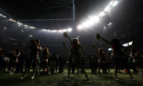 San Francisco 49er cheerleaders performed during the blackout Sunday.