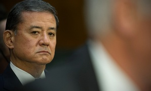Veterans Affairs Secretary Eric Shinseki listens at left as Veterans Affairs acting Inspector General Richard Griffin testifies Thursday.