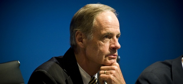 Sen. Tom Carper, D-Del., urged better tracking.