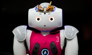 Created by students at the University of Pennsylvania, a RoboCup entry known as Nao will learn to make quick, smart decisions while working in a changing environment.