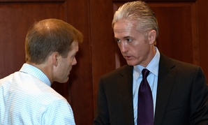 Rep. Trey Gowdy, R-S.C., right, talks with Rep. Jim Jordan, R-Ohio, last week.