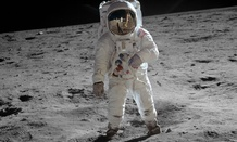 Aldrin also posed for some great vacation photos on his trip.