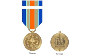 The front and back of the new Inherent Resolve Campaign Medal