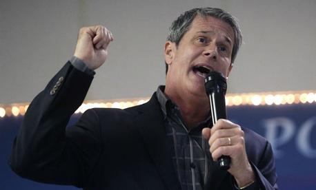 Sen. David Vitter, R-La., demanded a legislative or administrative correction to a 2013 rule he called illegal.