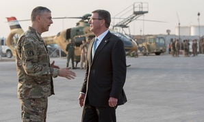 Secretary of Defense Ash Carter and U.S. Army Lt. Gen. Stephen Townsend, commander of Combined Joint Task Force-Operation Inherent Resolve, say farewell in Erbil, Iraq, Oct. 23, 2016.