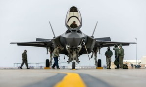 An F-35A team parks the aircraft for the first time at Mountain Home Air Force Base, Idaho, Feb. 8, 2016.