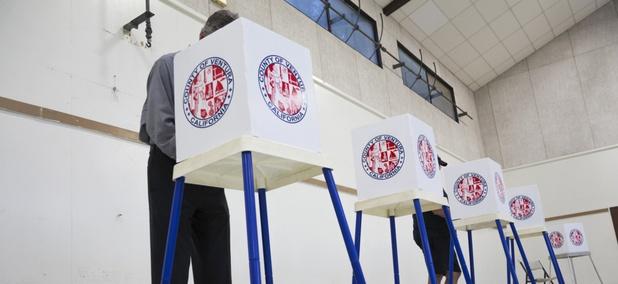 Californians vote in 2014.