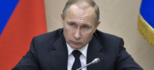 Reaching viewers inside Vladimir Putin's Russia is best accomplished through social media, VOA staff said.