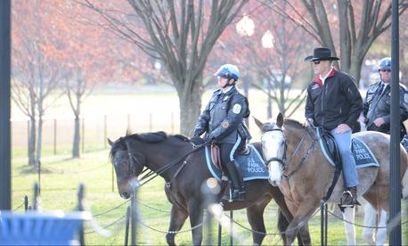 Interior Secretary Ryan Zinke and U.S. Park Police officers.