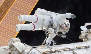 Scott Kelly on a Dec. 21, 2015 spacewalk outside the International Space Station.