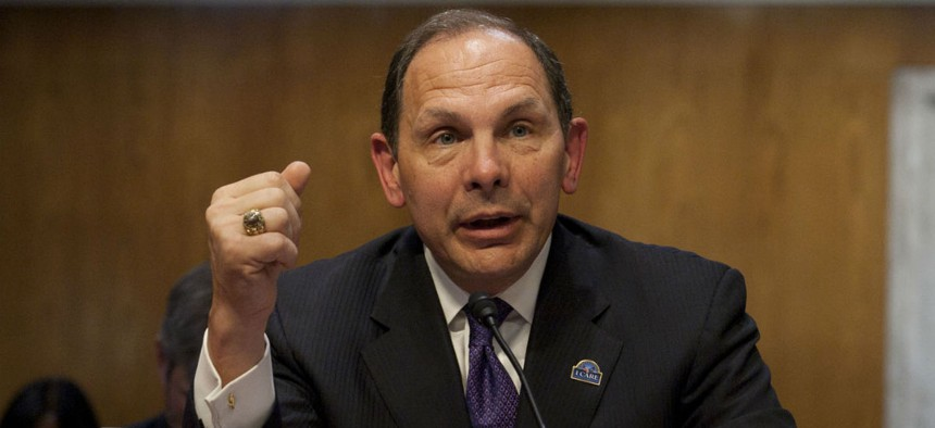 VA Secretary Bob McDonald would have power to get rid of misbehaving employees and poor performers.
