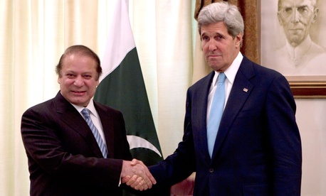 Pakistan's Prime Minister Nawaz Sharif, left, and visiting U.S. Secretary of State John Kerry
