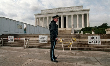 In late 1995, the Lincoln Memorial was closed due to a government shutdown.