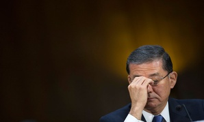 Veterans Affairs Secretary Eric Shinseki pauses while testifying on Capitol Hill in Washington, May 15, 2014.