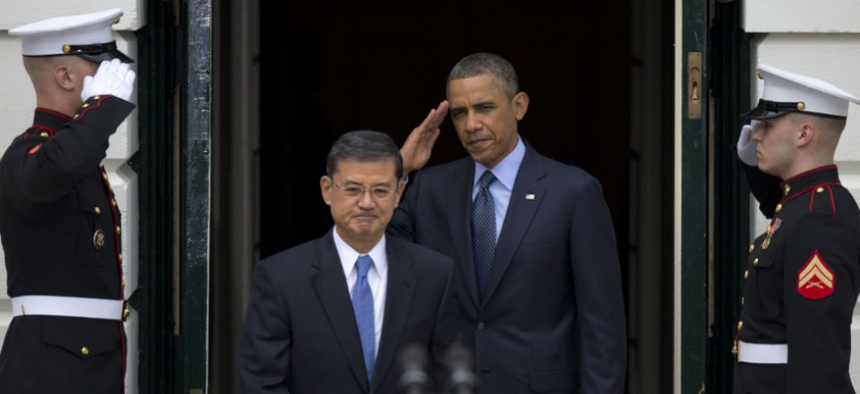 President Obama and VA Secretary Eric Shinseki welcome participants in the 2013 Wounded Warrior Project's Soldier Ride.