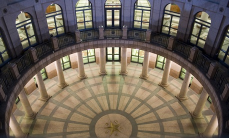 Texas has the largest group of reporters covering the state Capitol and state government anywhere in the United States.