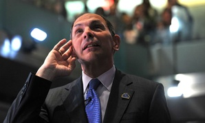 VA chief Bob McDonald holds a town hall meeting in Washington. The viewpoint survey was conducted before McDonald took over and made an effort to improve morale.