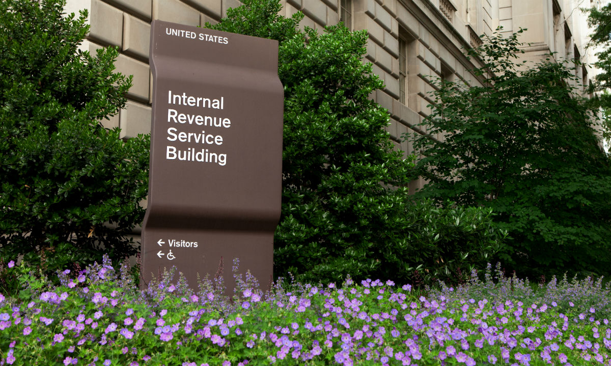 Senate Republicans Propose Making IRS Independent, Non-Unionized