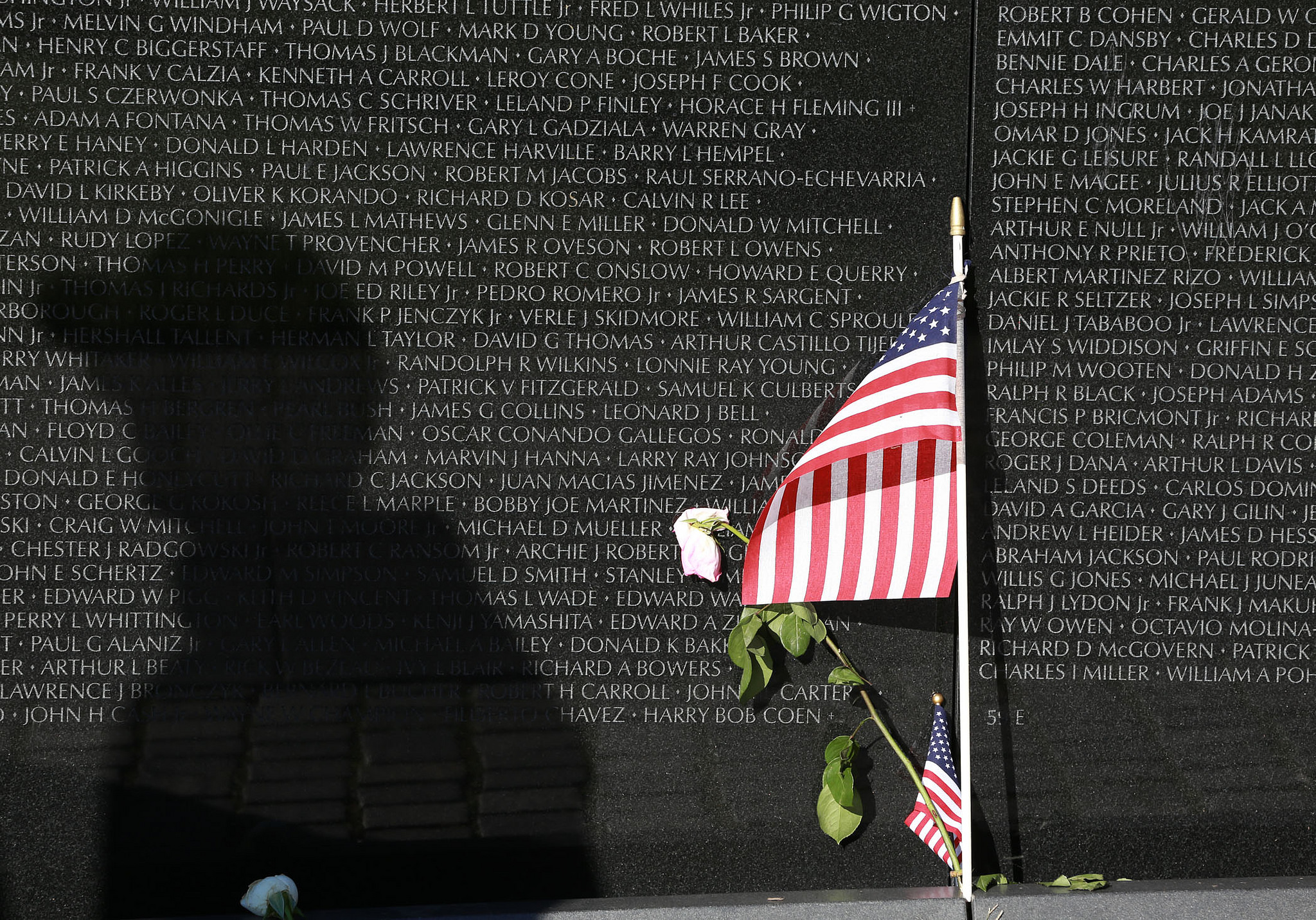 Image result for 1982 the vietnam veterans memorial dedicated in washington dc