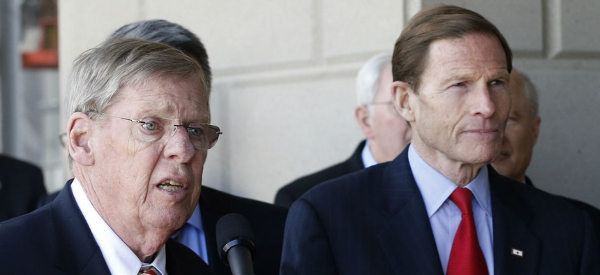 Sens, Johnny Isakson, R-Ga., (left) chairman of the Veterans' Affairs Committee, and Richard Blumenthal, D-Conn., the ranking member.