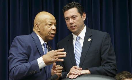House Oversight and Government Reform Committee Chairman Rep. Jason Chaffetz, R-Utah, right, confers with the committee's ranking member Rep. Elijah Cummings, D-Md.