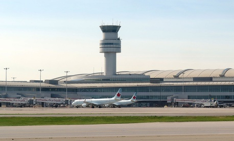 Toronto Pearson International Airport's tower in 2015.