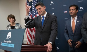 Speaker of the House Paul Ryan, R-Wis., flanked by Rep. Cathy McMorris Rodgers, R-Wash., left, and Rep. Carlos Curbelo, R-Fla., talk about tax reform on Oct. 24.