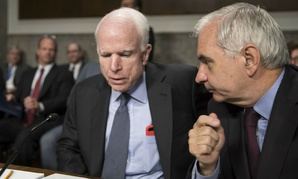 Sens. John McCain, R-Ariz., (left) and Jack Reed, D-R.I.,  championed the project.