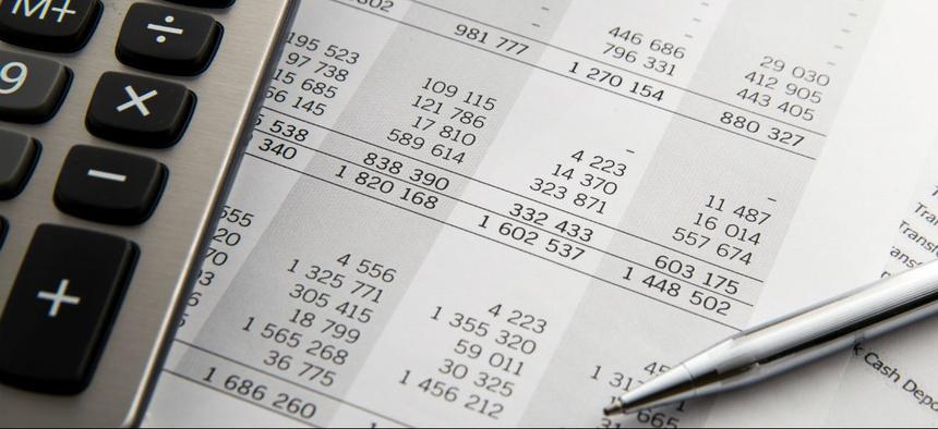 Pentagon Needs More Accurate Cash Management, Watchdog Warns