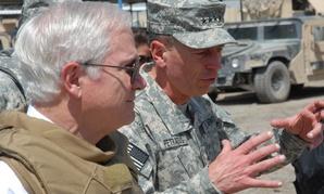 General David Petraeus and Defense Secretary Robert Gates in 2007.