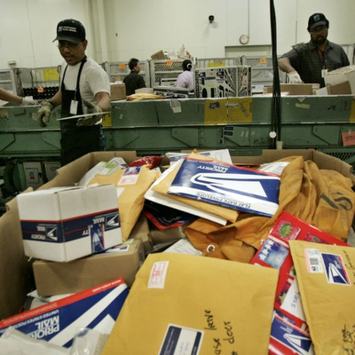 Contract Expires for 200K Postal Workers, Negotiations